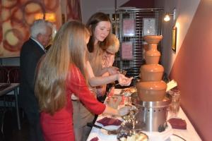 Изображение Шоколадный фонтан на юбилее